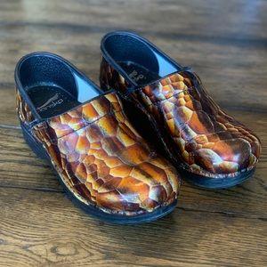 Dansko Professional Clog Snake skin Print